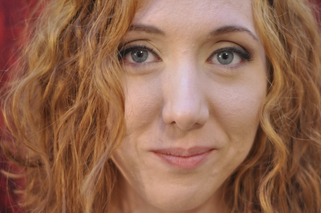Face Girl Red hair Curly Eyes