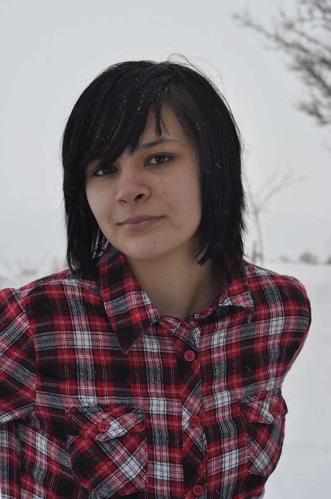 Girl Face Native American Indian Black hair Bangs Teenage Mexian American Pretty