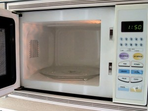 """Microwave oven (interior)"" by Mk2010 - Own work. Licensed under Creative Commons Attribution-Share Alike 3.0 via Wikimedia Commons - https://commons.wikimedia.org/wiki/File:Microwave_oven_(interior).jpg#mediaviewer/File:Microwave_oven_(interior).jpg"