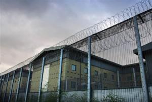 harmondsworth-detention-center-barbed-wire